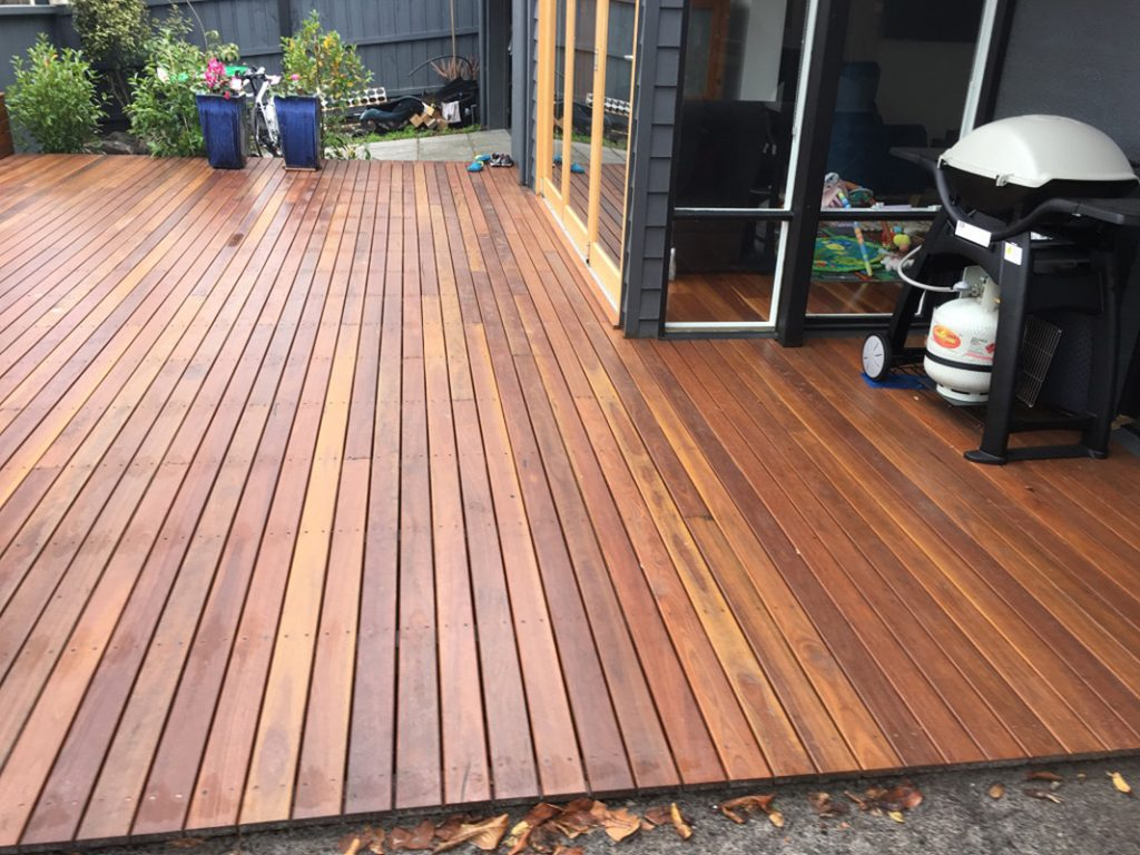 Builder For Quality Timber Deck Decking For Backyard